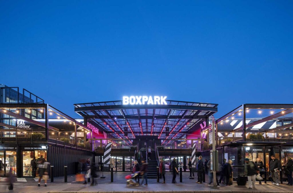 pop up mall din containere Nick Caville